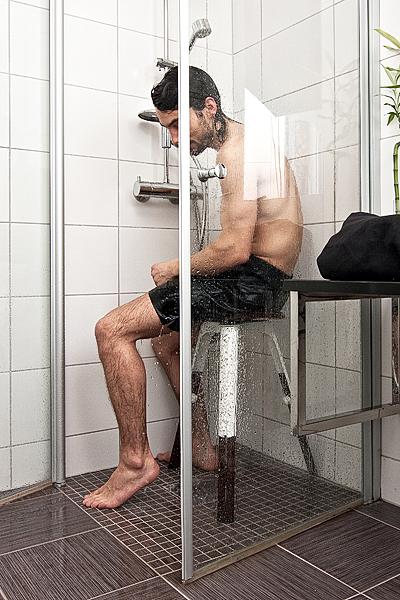 simplifies personal hygiene